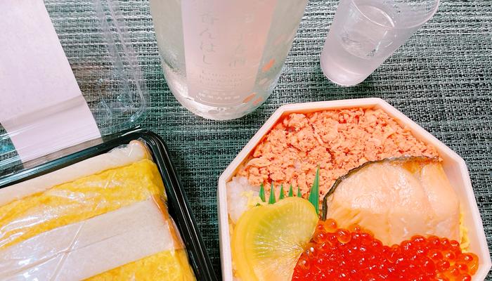 鮭はらこ弁当と甲子春酒香んばし